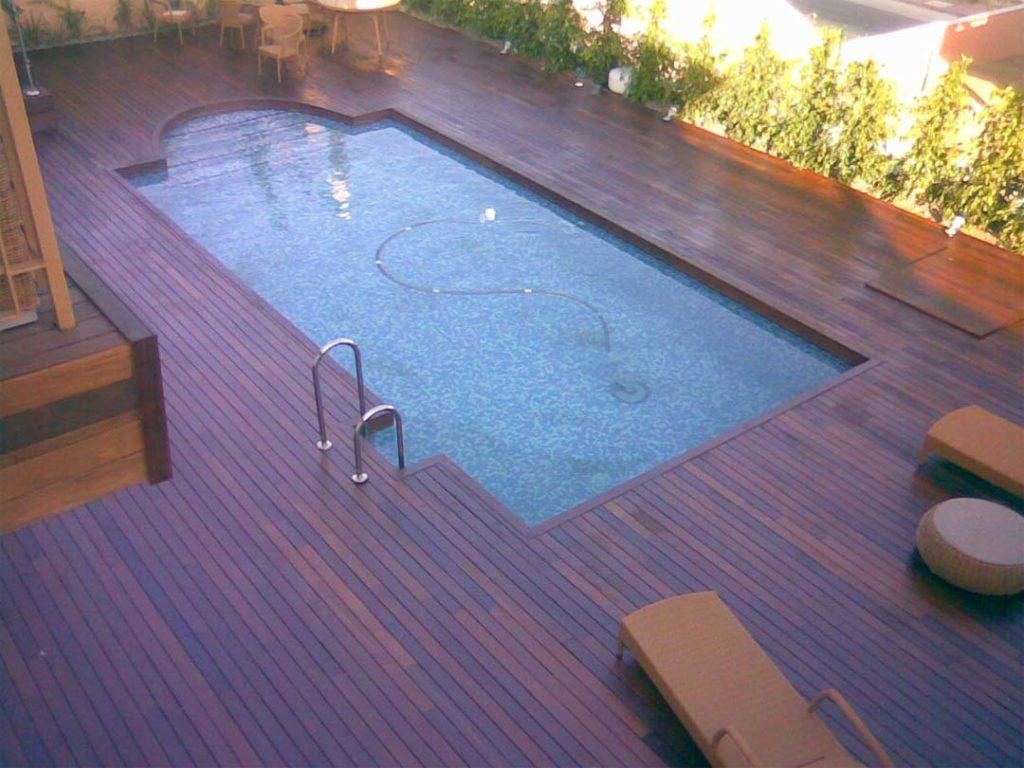 tratamiento-piscina-y-escalera-tarima-ipe