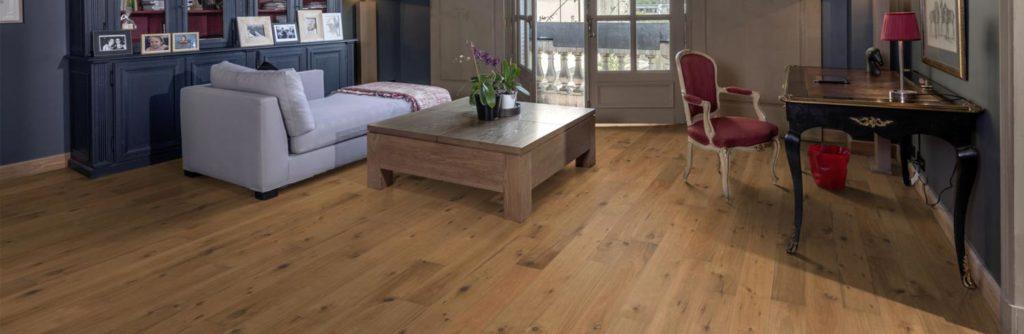 foto de un suelo con tarima madera instalada - parquets pedrosa